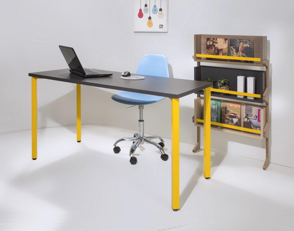 para apoiar escrivaninha