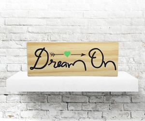 plaquinha madeira pinus dream on