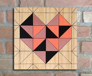 quadro madeira pinus coração geometrico