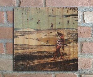 quadro madeira pinus surf girl